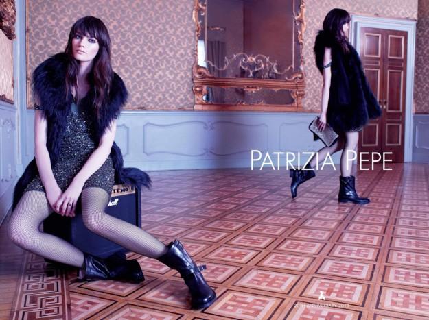gilet-in-pelliccia-patrizia-pepe-e-minidress