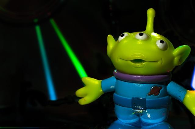 toy-story-alien-195835_640