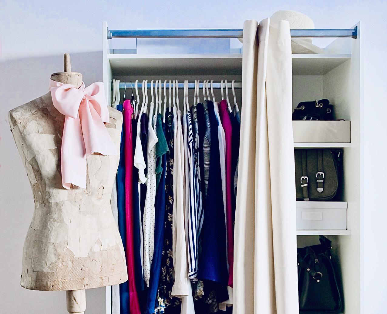 minimalismo nell'armadio